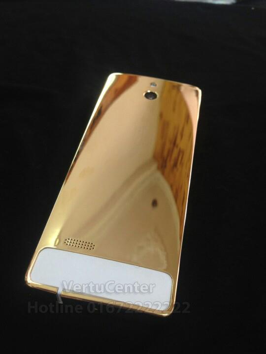 Điện thoại Nokia 515 mạ vàng 2 sim 2 sóng